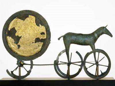 Oldtiden - stenalderen, bronzealderen, jernalderen, gravhøje og jættestuer