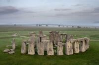 Mysterier & konspirationsteorier, bermuda trekanten, loch ness uhyret, korncirkler, påskeøen, stonehenge, atlantis
