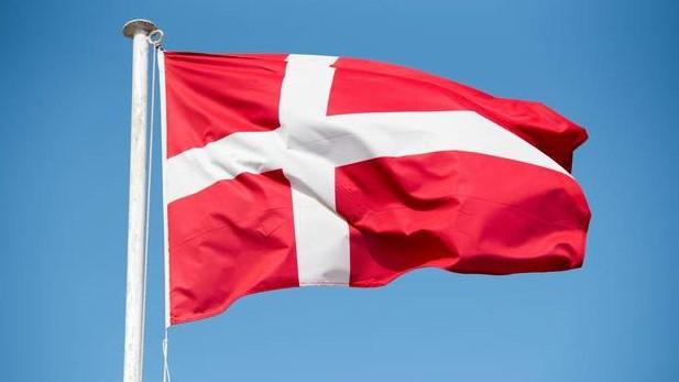 Skikke og traditioner i Danmark, højtider og danmarks flagdage, mortensaften